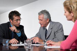 Business Meeting unter Rechtsanwälten