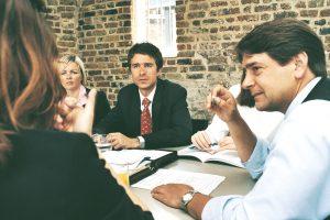 Rechtsanwälte bei der Arbeit